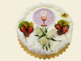 Tort z bitej śmietany z dekoracją komunijną