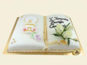 Księga komunijna - tort z bitej śmietany w marcepanie